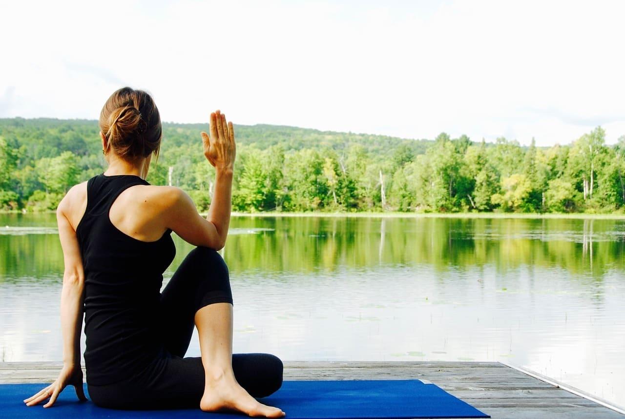 yoga-1812695_1280-2